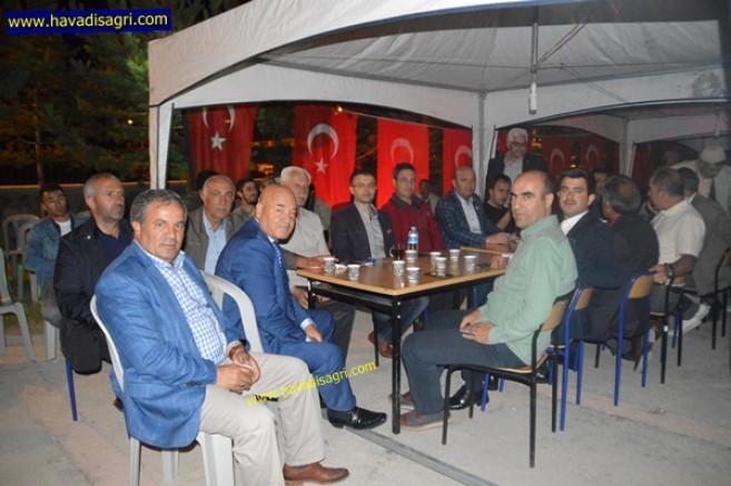 Eleşkirt'te 15 Temmuz Demokrasi ve Milli Birlik Günü ikinci Gecesi