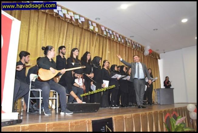 Eleşkirt'te Öğretmenler Günü Kutlaması