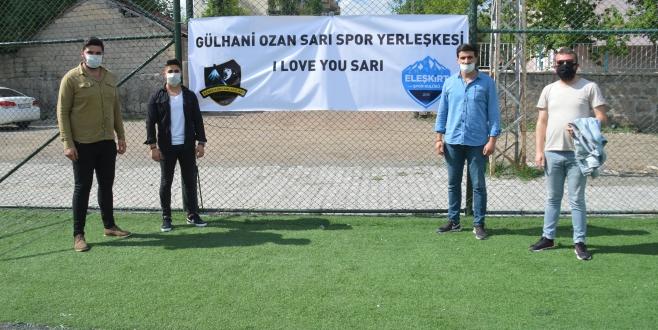 Gençlerden Kaymakam SARI'ya  Anlamlı Pankart