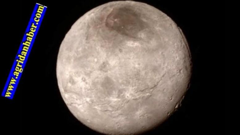 'Gizemli Gezegen' Plüton'da Buz Volkanı İşareti