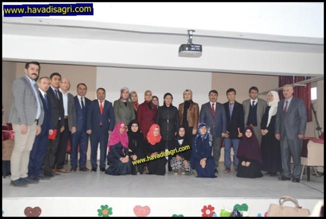 Kız Öğrenciler Arası  Kur'an'ı Kerim Okuma  Yarışması İl Finali Eleşkirt'te Yapıldı